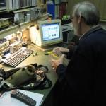 Demonteren en schoonmaken van de koplampunit