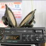 De bewuste Grundig radio, de radio is gewoon recht maar me cameralens lijkt wat te vervormen...